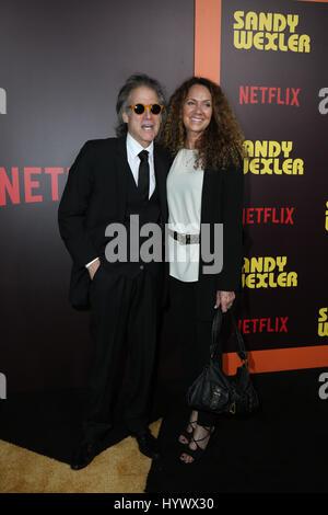 """Los Angeles, USA. 6. April 2017. Richard Lewis, die Premiere von Netflix """"Sandy Wexler"""". Bildnachweis: PMA/AdMedia - Stockfoto"""