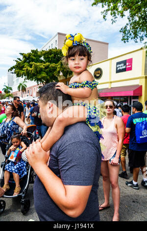 Miami Florida Little Havanna Calle Ocho Carnaval Miami jährliche Festival Straßenkarneval ethnischen Feier Hispanic - Stockfoto