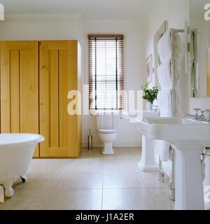 Moderne Badezimmer. - Stockfoto