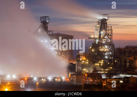 Twilight bei Port Talbot Steel arbeitet in Süd-Wales Stockfoto