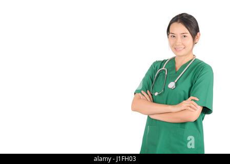Porträt Frau Doktor tragen, die eine grüne Scrubs – Die Anfänger und Stethoskop isoliert auf weißem Hintergrund, - Stockfoto