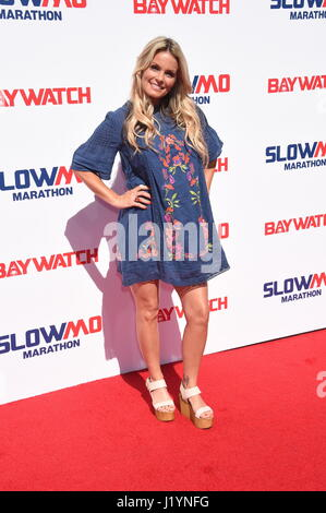"Los Angeles, Kalifornien, USA. 22. April 2017. Kelly Packard Attends ""Baywatch"" Slowmo-Marathon im Microsoft Square - Stockfoto"