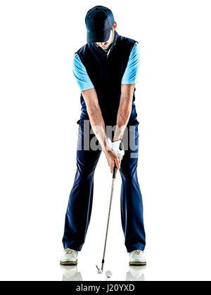 ein kaukasischer Mann Golfer Golfen im Studio isoliert auf weißem Hintergrund - Stockfoto