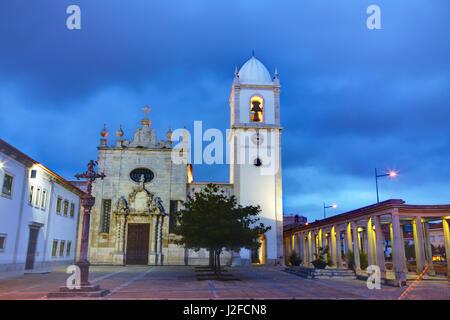 Aveiro, Portugal Nachtansichten Aveiro Kathedrale, Kirche des Heiligen Dominikus (Igreja de São Domingos) - Stockfoto