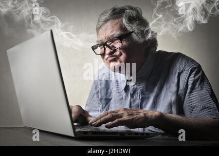 Verrückter Geschäftsmann, Dampf aus den Ohren - Stockfoto