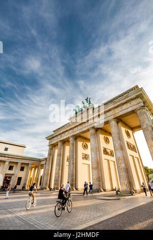 Brandenburger Tor, Pariser Platz, Berlin-Mitte, Berlin, Deutschland - Stockfoto