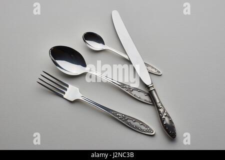 Set mit Gabel, Messer und Löffel - Stockfoto