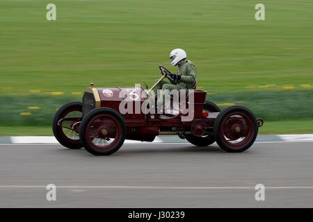 1903 Mercedes 60PS von Ben Collings auf dem 75. Goodwood Mitglieder treffen - Stockfoto