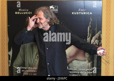 rom italien 8 mai 2017 fototermin des films the milky road bild emir kusturica photo. Black Bedroom Furniture Sets. Home Design Ideas