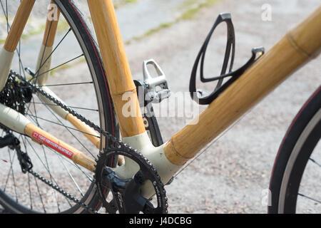 Bambus Fahrrad - Stockfoto