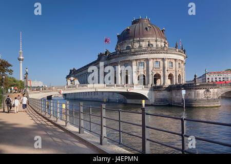 Bode Museum, Museumsinsel, UNESCO World Heritage Site, Spree entlang, TV Turm, Mitte, Berlin, Deutschland, Europa - Stockfoto