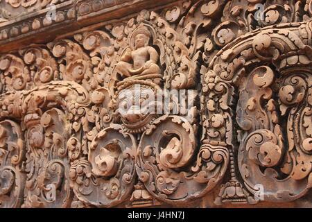 Steinbildhauen am Banteay Srei Tempel, Kambodscha - Stockfoto