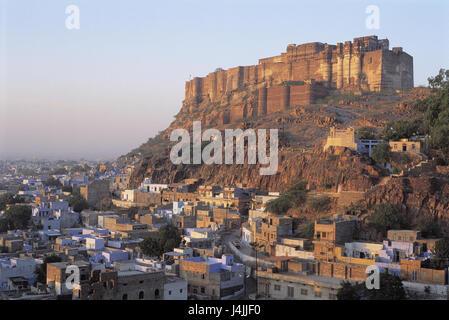 Indien, Rajasthan, Jodhpur, Blick auf die Stadt Mehrangarh Fort außerhalb Asien, Nord-Indien, Hindustan, Bundesland, - Stockfoto