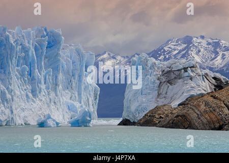 Argentinien, Patagonien, Lago Argentino, Glaciar Perito Moreno, Gletscherzunge, Böschung, - Stockfoto