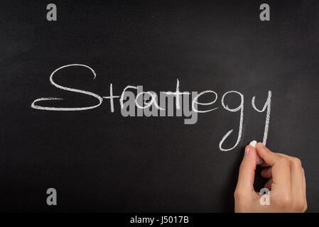 Nahaufnahme des Business Strategie Wort an Tafel. - Stockfoto
