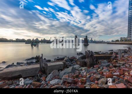 New York City Skyline Blick Fromm Brooklyn - Stockfoto