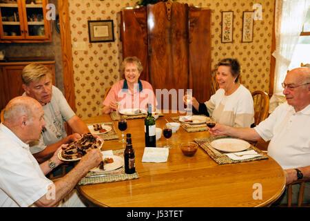 Arkansas, AR, Süd, Naturstaat, Ozark Mountains, Stone County, Bergblick, Country Oaks Bed and Breakfast, Erwachsene - Stockfoto
