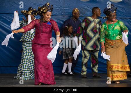 Slough, UK. 20. Mai 2017. Die Igbo Progressive Union von Slough führen nigerianischer Tanz an den verschiedenen - Stockfoto