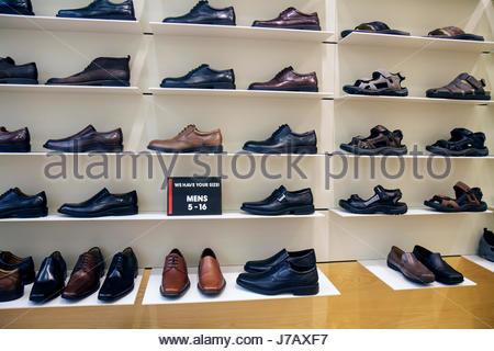 Miami Florida Aventura Mall shopping Einzelhandel anzeigen für Verkauf Ecco Schuhe Herrenmode - Stockfoto
