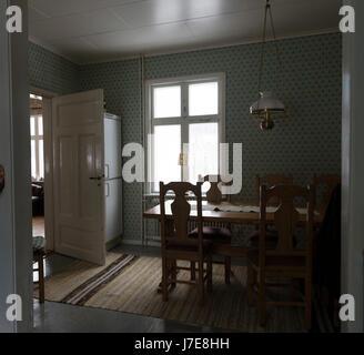 wohnzimmer mit originalen m beln aus den 50er jahren alte schwarz wei tv musikschrank haus. Black Bedroom Furniture Sets. Home Design Ideas