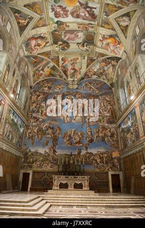 Das jüngste Gericht Fresko von Michelangelo in der Sixtinischen Kapelle im Inneren des Apostolischen Palastes 24. - Stockfoto