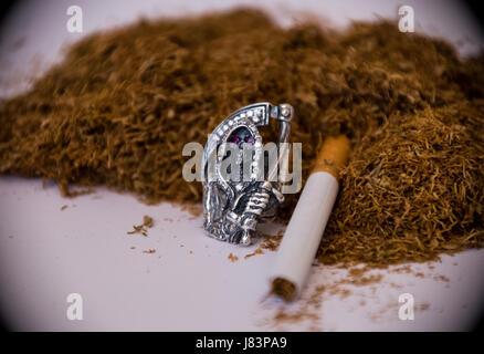 Nikotinfreie Zigaretten: Grüntee ist gesund – auch wenn man ihn raucht? - WELT