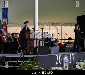 Wellesley, MA, USA. 26. Mai 2017.  2016 USA demokratischen Präsidentschafts Kandidat Hillary Clinton (Wellesley - Stockfoto