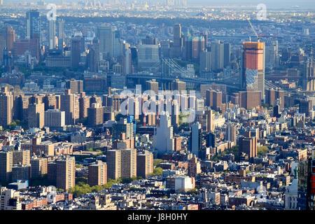 Blick auf die untere Seite Osten Ostdorf über die Manhattan Bridge, Brooklyn New York City USA - Stockfoto