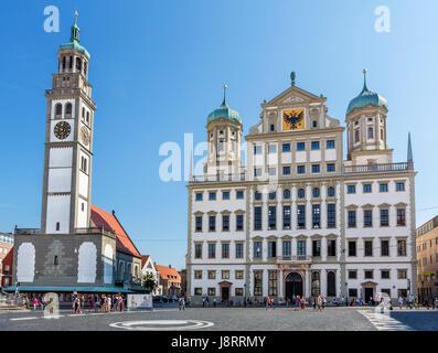 Das Rathaus (Rathaus) und Perlach Turm (Perlachturm), Rathausplatz, Augsburg, Bayern, Deutschland - Stockfoto