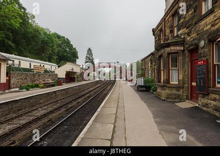 Bahnhof Goathland ist eine Station auf der North Yorkshire Moors Railway und dient dem Dorf Goathland in den North - Stockfoto