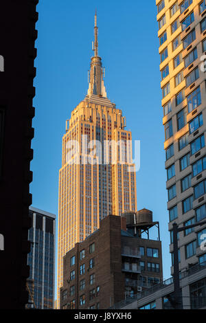 Das Empire State Building bei Sonnenuntergang. New York City - Stockfoto