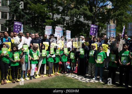 Solidarität, die Zusammenkunft in Erinnerung an die Manchester Angriff Opfer in Alta Ali Park am 26. Mai 2017 in - Stockfoto