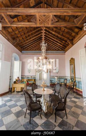 Innenansicht des Museo de Arquitectura Colonial in der Stadt von Trinidad, UNESCO, Kuba, West Indies, Karibik - Stockfoto