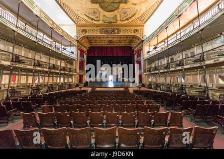 Innenansicht des Teatro Tomas Terry (Tomas Terry Theater), eröffnet im Jahre 1890 in der Stadt Cienfuegos, UNESCO, - Stockfoto