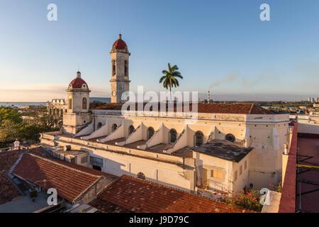 Die Catedral De La Purísima Concepción in Plaza Jose Marti, Cienfuegos, UNESCO World Heritage Site, Kuba, Karibik, - Stockfoto
