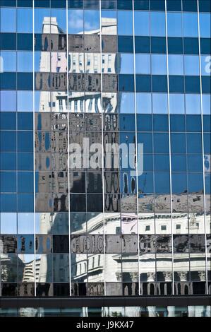 Gebäude Reflexion, Manhattan, New York, USA - Stockfoto
