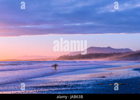 Sonnenuntergang, Long Beach, Pacific Rim National Park, Vancouver Island, British Columbia, Kanada. - Stockfoto