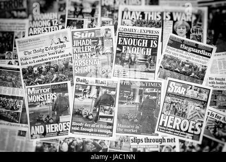 Britische Zeitung Titelseiten Berichterstattung über den Terroranschlag auf die London Bridge und Borough Market - Stockfoto