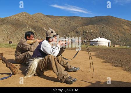 Mongolei, Zentralasien, Provinz Arkhangai, Nomad, Waffen, Jagd auf Murmeltiere, - Stockfoto