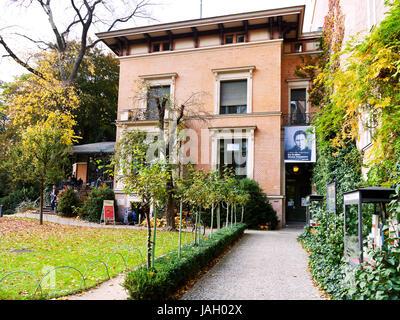 das literaturhaus berlin in berlin stockfoto bild 31295557 alamy. Black Bedroom Furniture Sets. Home Design Ideas