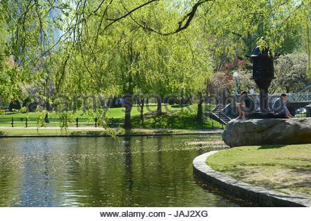 Einen malerischen Blick auf den Public Garden im Frühjahr. - Stockfoto