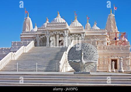 Religiöser Ort der Anbetung, machte BAPS Swaminarayan Sanstha Hindu-Mandir-Tempel aus Marmor in Lilburn, Atlanta. - Stockfoto