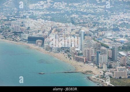 Foto von der Costa Blanca Küste, das ist die Stadt Cape, in der Nähe von Benidorm und Alicante, Spanien - Stockfoto
