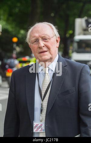 London UK. 13. Juni 2017. Neil Kinnock, diente als Führer der Labour, party von 1983 bis 1992 bis zu seiner Niederlage - Stockfoto