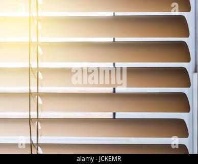 Beige horizontale Jalousien closeup - Stockfoto