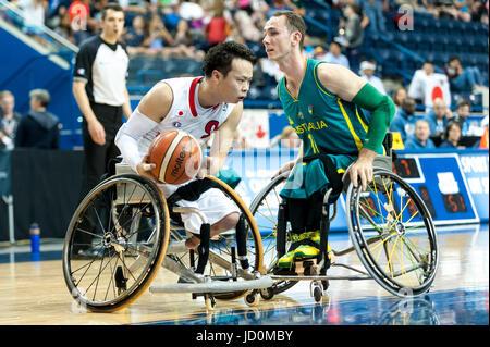Toronto, Ontario, Kanada. 16. Juni 2017.  Spieler auf dem Feld bei der Basketball-Spiel - Australien Vs Japan Halbfinale - Stockfoto