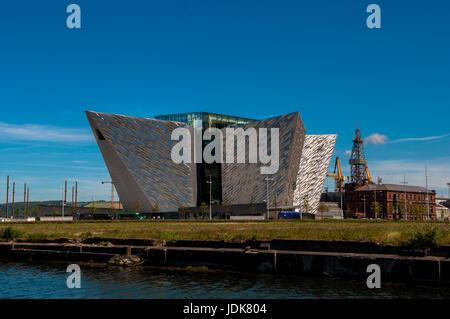 Titanic Viertel Queen Insel Fluss Lagan Belfast - Stockfoto