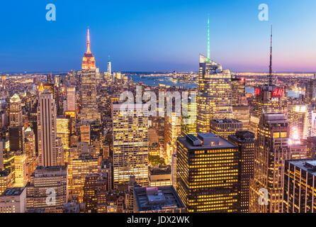 Manhattan Skyline, New York Skyline, Empire State Building, bei Nacht, New York City, Vereinigte Staaten von Amerika, - Stockfoto