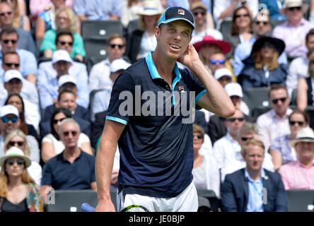 Aegon Tennis Championships Queens Club London, UK. 22. Juni 2017. Jordan Thmpson AUS Vs Sam Querrey USA Querrey - Stockfoto