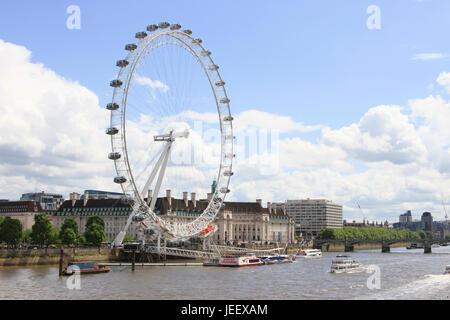 Das London Eye in der Londoner South Bank. - Stockfoto